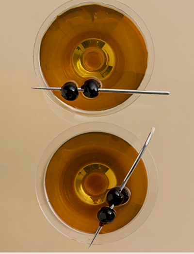 2011-02-24-14-28-02-1-the-manhattan-combines-13-french-dry-vermouth