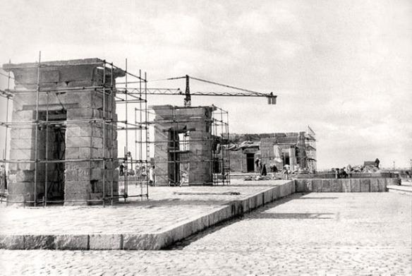Debod construccion_2