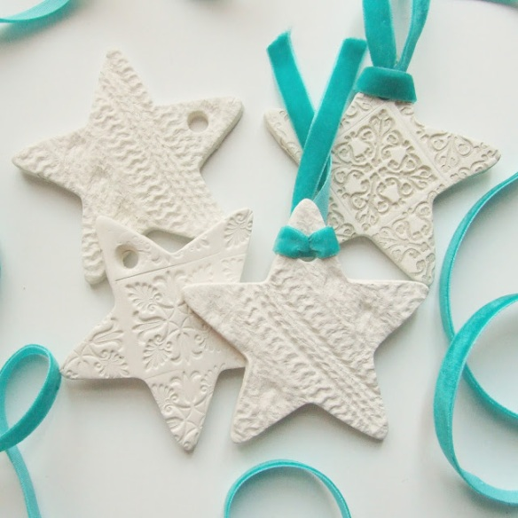 embossed-clay-star-decoration